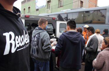 Jóvenes JAR y postulantes de San Pío X ayudando a damnificados del terremoto a través de ARCORES México
