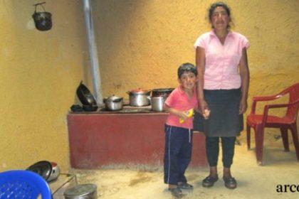 se han construido 10.000 cocinas mejoradas desde 2009 en Chota