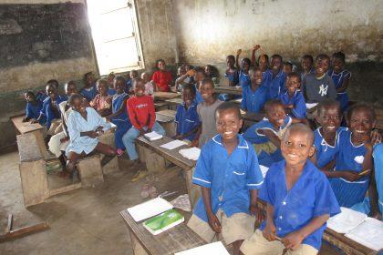 Por los niños de África